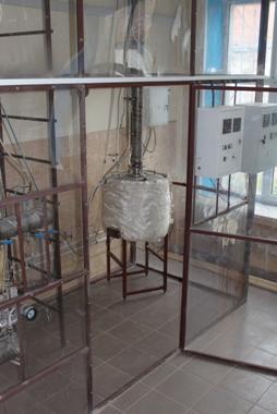 Экспериментальные установки для исследования процессов ректификации в насадочных колоннах на реальных средах (Р-100)